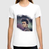 david tennant T-shirts featuring David Tennant - Doctor Who by KanaHyde