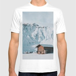 Hello Winter - Landscape and Nature Photography T-shirt