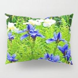 WHITE-BLUE IRIS & CHARTREUSE FERNS GARDEN Pillow Sham
