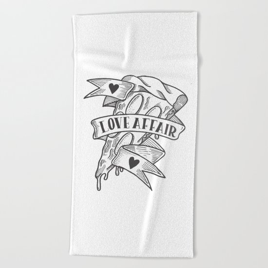 PIZZA LOVE AFFAIR Beach Towel