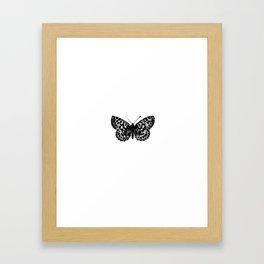 Minimalista borboleta 3 Framed Art Print