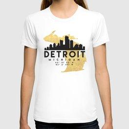 DETROIT MICHIGAN SILHOUETTE SKYLINE MAP ART T-shirt