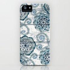 Navy Blue Floral Doodles on Wood Slim Case iPhone (5, 5s)