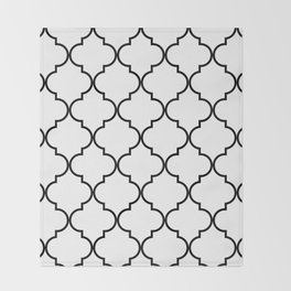 Quatrefoil - black on white Throw Blanket