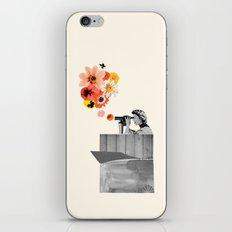 in bloom (black & white) iPhone & iPod Skin