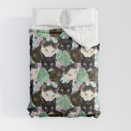 Cat Faces, Magnolia Flowers and Monstera Leaves Comforters