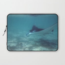 Manta by the shore Laptop Sleeve