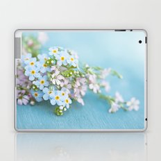 Unforgettable prettiness Laptop & iPad Skin