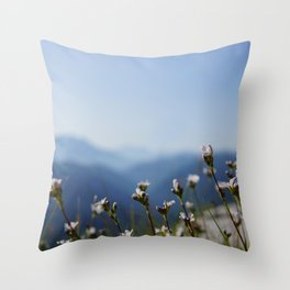 white mountain flowers Throw Pillow