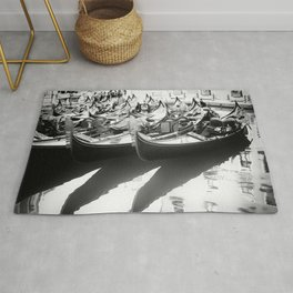 Gondole in Black&White Rug