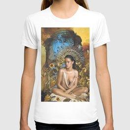 Golden Goddess  T-shirt