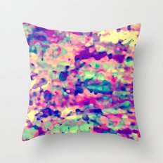 sUmmer macULa Throw Pillow