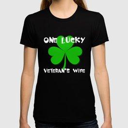 One Lucky Veteran's Wife St Patricks Day T-shirt