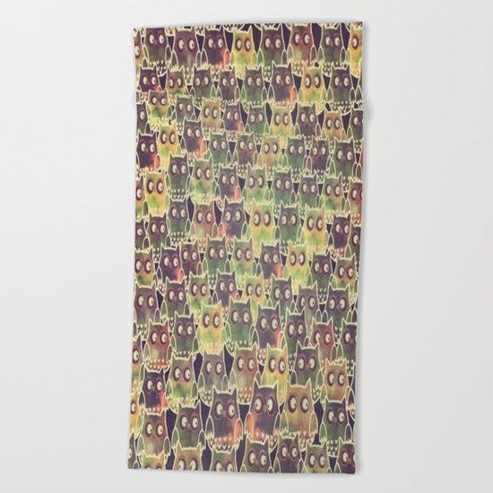 owl-83 Beach Towel