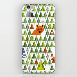 Barnål Bjørn - Pine Needle Bear, Nordic tree, forest, wood, mountain pattern iPhone Skin