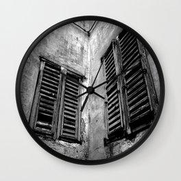 enter a uh Wall Clock