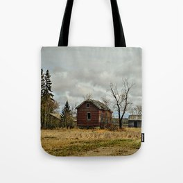 Lingering On Tote Bag