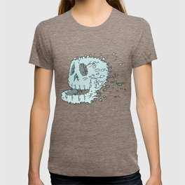 Bubble Skull - Beneath the waters surface lurks a skull in search of it's destiny T-shirt