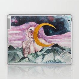 Off to dreamland Laptop & iPad Skin
