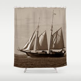 Goellette Grosse Ile Shower Curtain