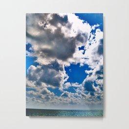 clouds bend horizon slightly Metal Print