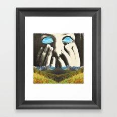 Nauges dans les yeux Framed Art Print