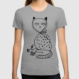 Graphic black white line art cat T-shirt