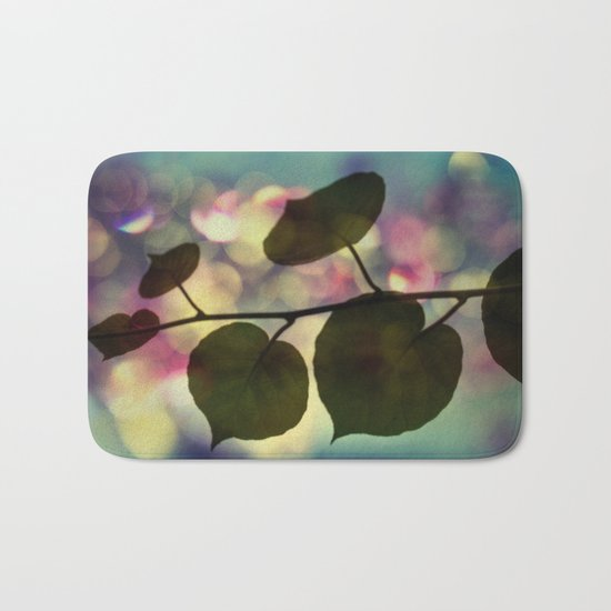 Kiwi leaves Bath Mat