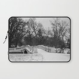 Winter Solitude - St. Louis Snowy Bridge Laptop Sleeve