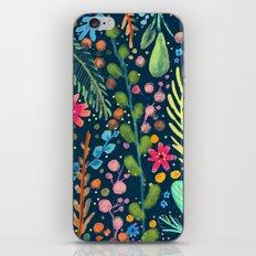 les prairies (navy) iPhone Skin