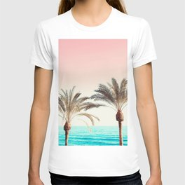 Modern California Vibes pink sky blue seascape tropical palm tree beach photography T-shirt