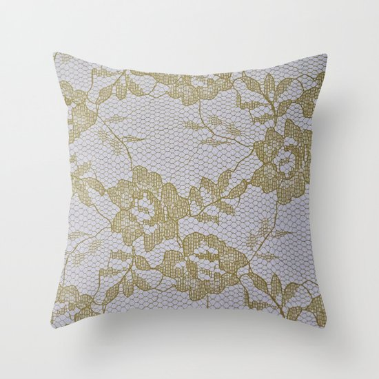Every kiss has a story Throw Pillow