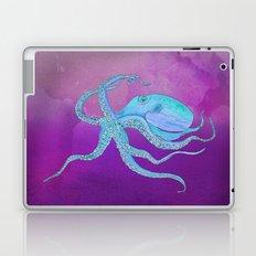 Octopus Swims Laptop & iPad Skin