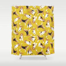beagle scatter yellow Shower Curtain