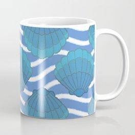 Vintage Seashell And Waves Pattern Coffee Mug