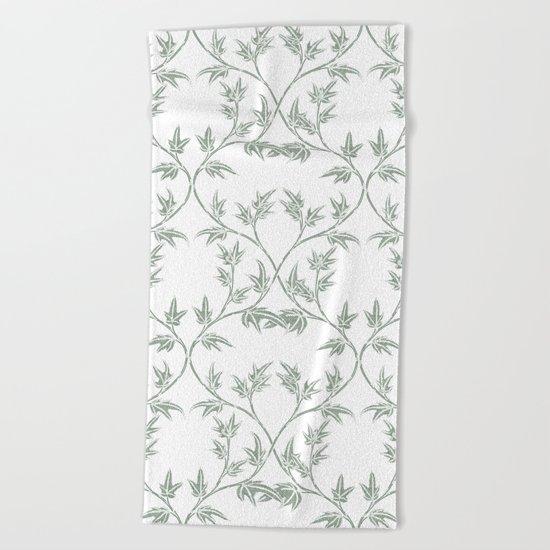 Ivy pattern Beach Towel