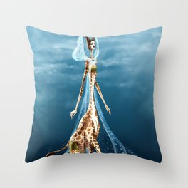 Giselle, the queen of the catwalk Throw Pillow