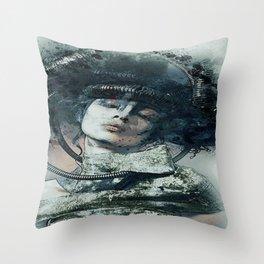 O lado belo e sombrio de uma mulher!! Throw Pillow