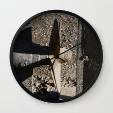Hélice Wall Clock