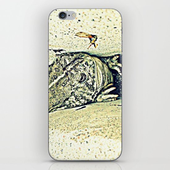 Stealth Frog iPhone & iPod Skin