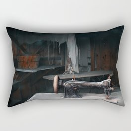 Un genio, due compari, un pollo (A genius, two partners and a dupe) Rectangular Pillow
