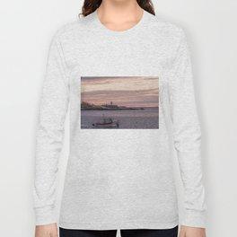 Ten pound Island Lighthouse sunset Long Sleeve T-shirt
