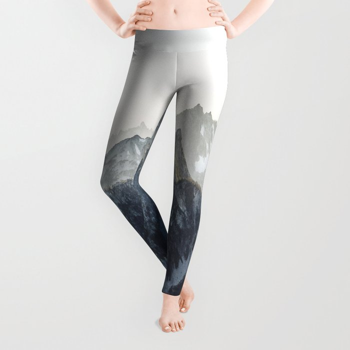 Mountain Mood Leggings