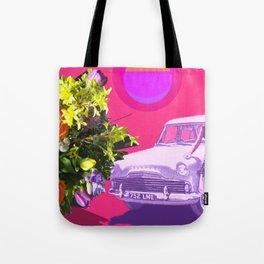 The Unimpressed Tourist (pink version) Tote Bag