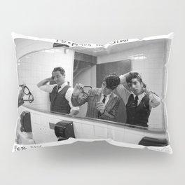 Birds in the Boneyard, Print 5: Prepping for the Show Pillow Sham