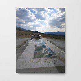 fontana tra le nuvole Metal Print