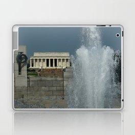 Memorial Fountain  And Lincoln Memorial Laptop & iPad Skin