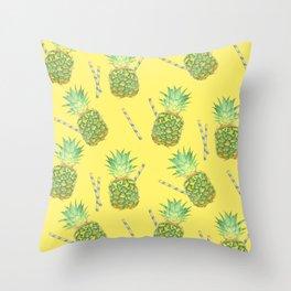 pineapple juice Throw Pillow