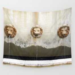 Three Lions Fountain Wall Tapestry