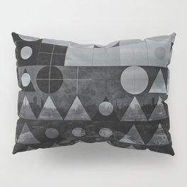 bybylyn_skys Pillow Sham